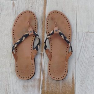 Ugg Navie braided leather flip flops